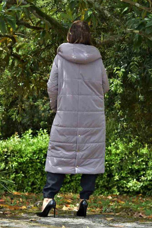 Пальто с капюшоном на пуху