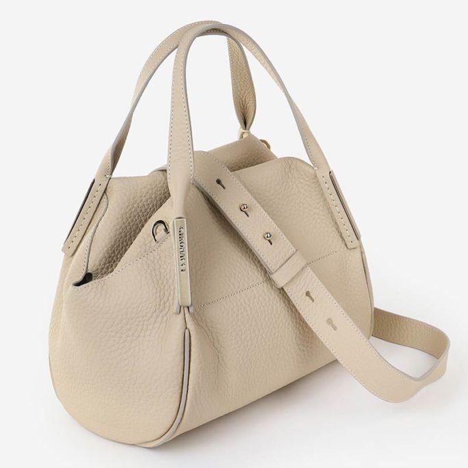 Женская бежевая сумка из телячьей кожи